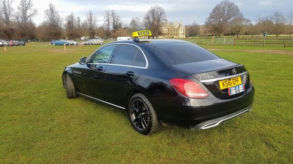 CB TAXIS executive mercedes vehicle